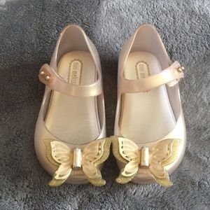 Mini Melissa gold with butterflies size 6